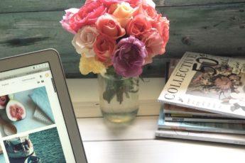 Macbook kwiat okładka zdjęcie